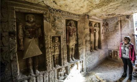 Αίγυπτος – Εικόνες και βίντεο από τον πανάρχαιο τάφο 4.400 χρόνων που ανακάλυψαν οι αρχαιολόγοι