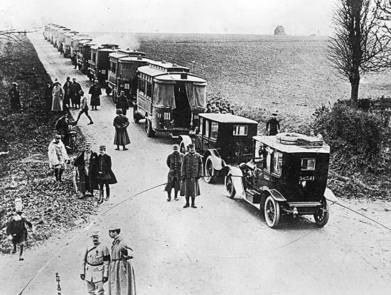 Οι ταξιτζίδες που έσωσαν το Παρίσι στον Α' Παγκόσμιο Πόλεμο