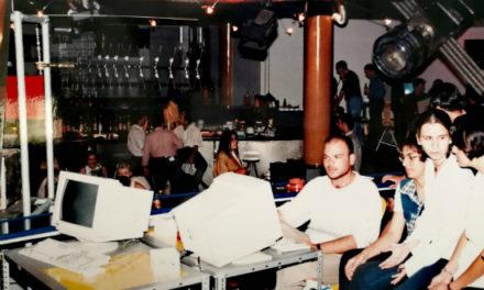 Το πρώτο ίντερνετ καφέ της Κύπρου – Οι έρωτες από το mIRC και τα ευτράπελα