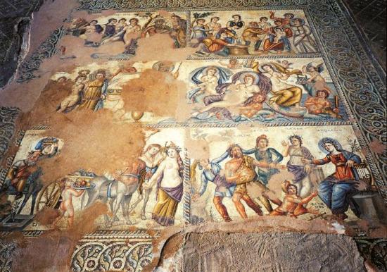 Τι πραγματικά συμβολίζουν τα περίφημα ψηφιδωτά της Πάφου;