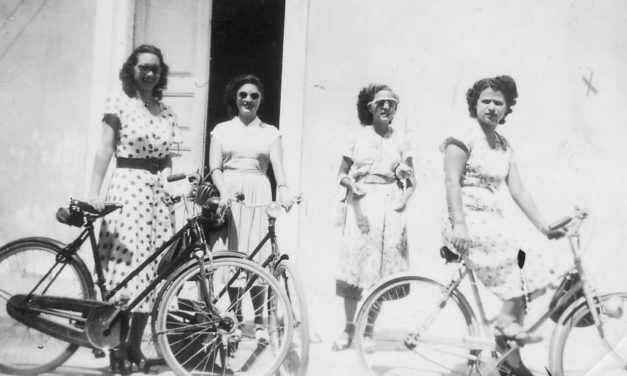 Η ποδηλατοκρατούμενη Λεμεσός του 1950 και τα αυστηρά συμβόλαια αγοράς