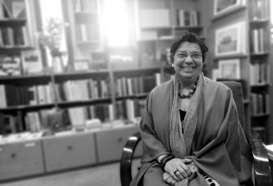 «Η Ιστορία μπορεί να βοηθήσει μία κοινωνία που βρίσκεται σε αδιέξοδο». Μία συζήτηση με την Ιστορικό Μαρία Ευθυμίου