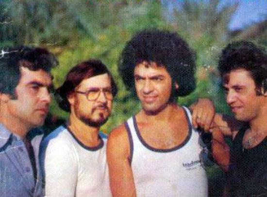 Ροκ 'ν' ρολ στην Κύπρο του '70. Οι αξιολάτρευτοι Ισαδόρας που προκαλούσαν ντελίριο
