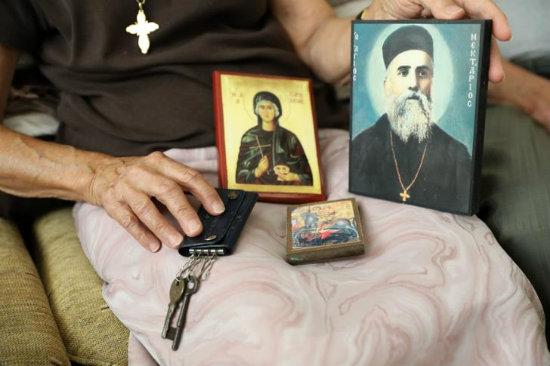 «Έχω το κλειδί του σπιτιού μου στο ερμάρι και καρτερώ να πάω πίσω». Δύο οικογένειες δίνουν τη δική τους μαρτυρία για τον Αττίλα ΙΙ