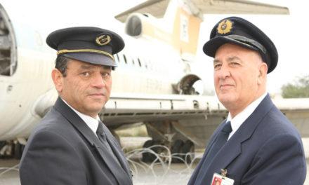 «Είδα την τουρκική εισβολή». Ο τελευταίος πιλότος των Κυπριακών Αερογραμμών